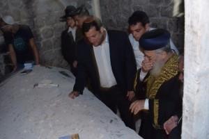הרב הראשי וראש המועצה בקבר יוסף.צילום:מאיר ברכיה