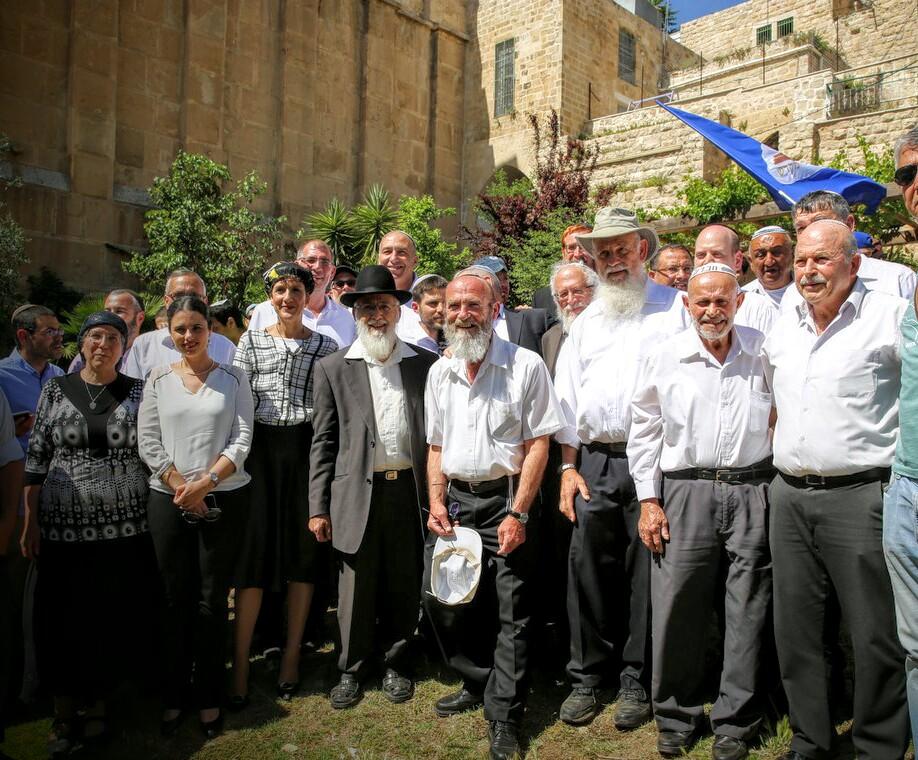 30,000 איש הגיעו לחברון לציון שנת היובל לשחרור יהודה ושומרון