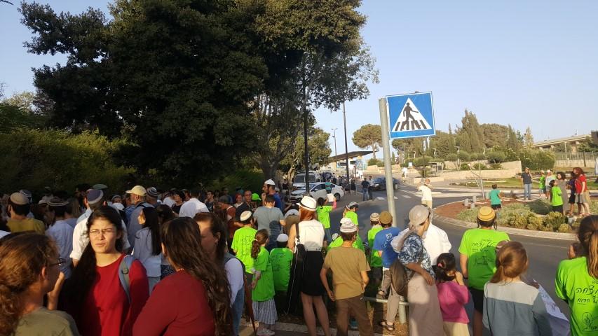 """תושבי עמונה בתצהיר לביהמ""""ש: מתנגדים לחלופת שבות רחל"""