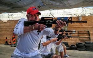 גוש עציון גיימס קאן יורה במטווח. צילום אור גפן