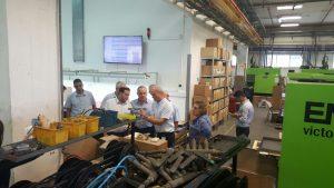 השר שטייניץ ויוסי דגן בסיור במפעלים בשומרון. צילום: רועי חדי