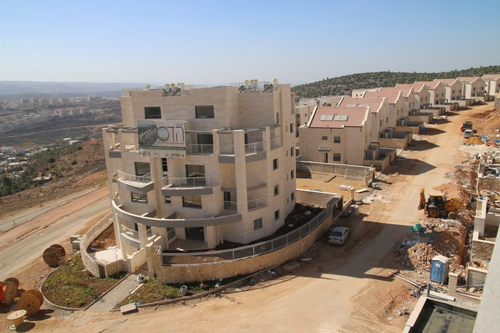 בדרך למיליון ביהודה ושומרון: 1000 יחידות דיור לקראת איכלוס בצור הדסה