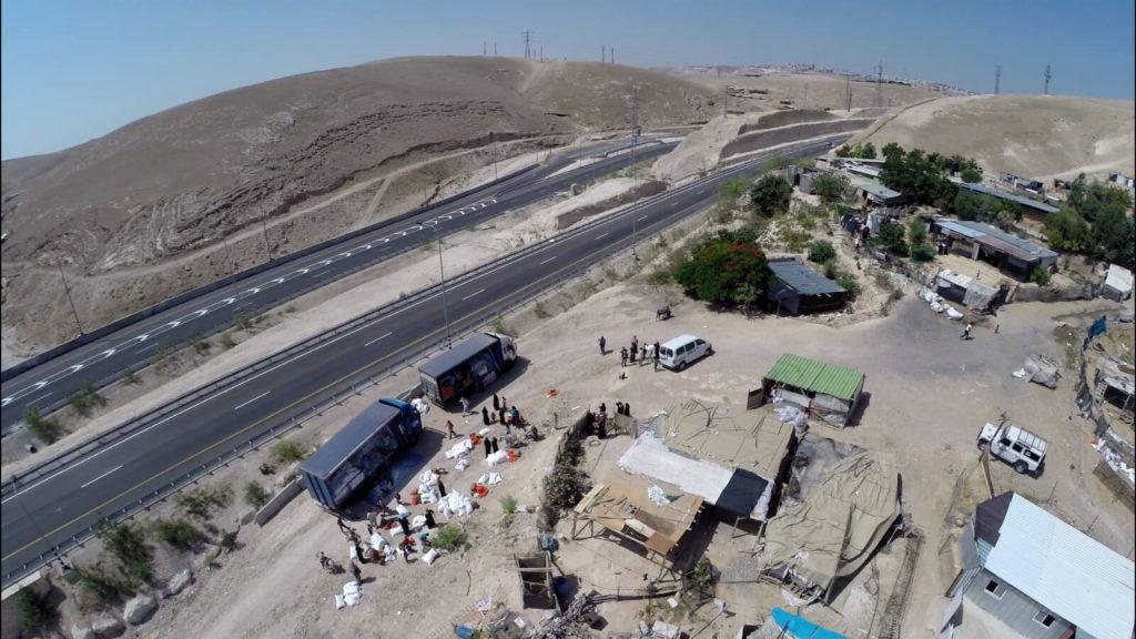 """למרות פסק הדין החלוט – בג""""ץ נתן ארכה נוספת לפינוי בהסכמה בחאן אל אחמר"""
