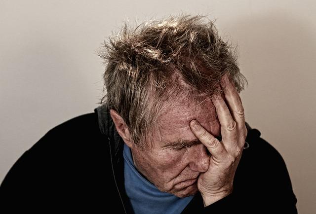 כיצד לטפל בכאבי ראש כרוניים שלא נעלמים?