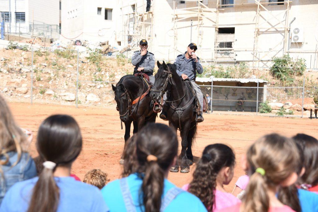 יום קהילה ומשטרה בישוב חשמונאים