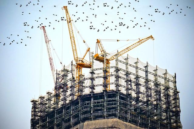 מה ההבדל בין הנדסאי בניין למהנדס בניין?