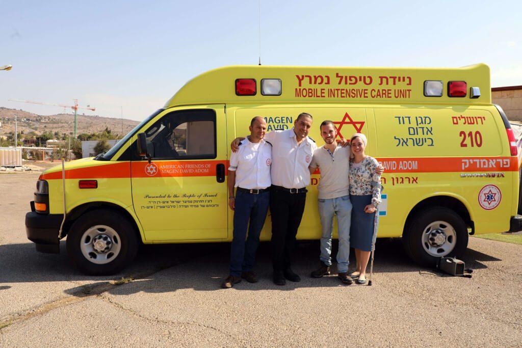 ניידת טיפול נמרץ לזכרו של התינוק עמיעד ישראל איש-רן שנרצח בפיגוע בעפרה