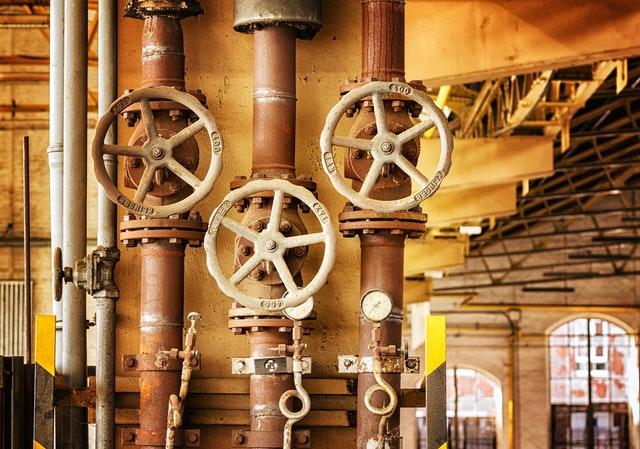 שימושים לצינורות לתעשייה