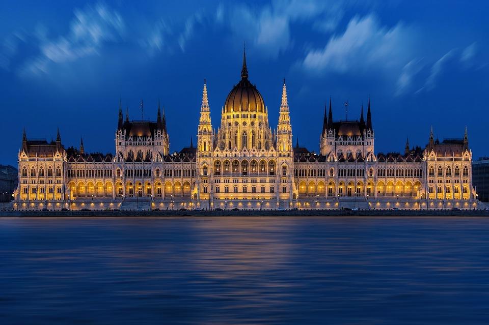"""האם כדאי להשקיע בנדל""""ן בבודפשט?"""