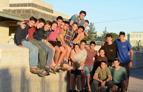 """ישיבת בני עקיבא סוסיא שבהר חברון בראש טבלת בתי הספר המובילים בגיוס לצה""""ל"""